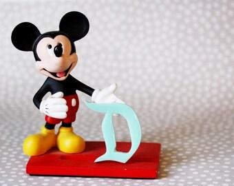 Marvelous Mint Classic Disney D Brooch