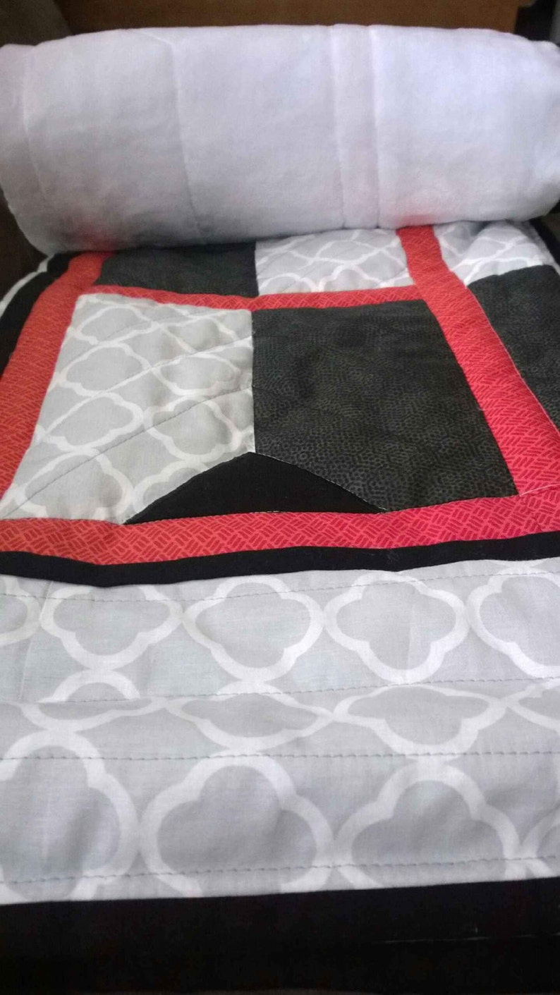 Black and Red Quatrefoil Homemade Quilt for Baby or Home Decor Throw Grey