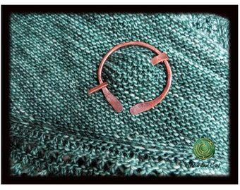 Shawl Pin Scarf Pin Copper Penannular Hammered