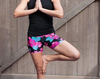 Yoga Shorts Cyberpunk Dualism