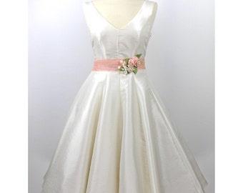 Wedding dress wedding dress registry office dress