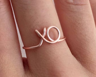 XO Ring - Gift 14K Gold /Rose Gold-Filled /Sterling Silver Wire -Hugs and Kisses Love xoxo -Couples /Girlfriend Gift -Adjustable -Graduation