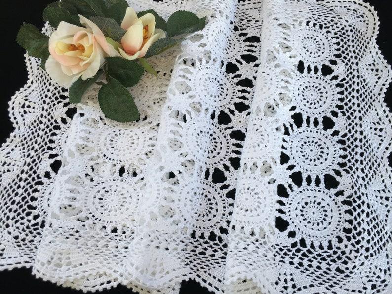 Crochet Lace Table Runner Vintage Crocheted Table Runner RBT3213