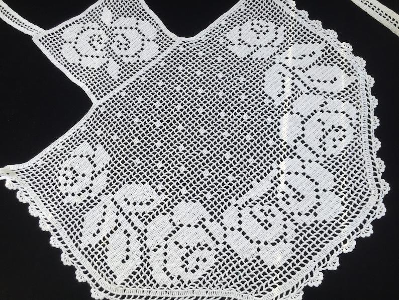 Lace Cafe Apron with FIlet Crochet Roses EL1404