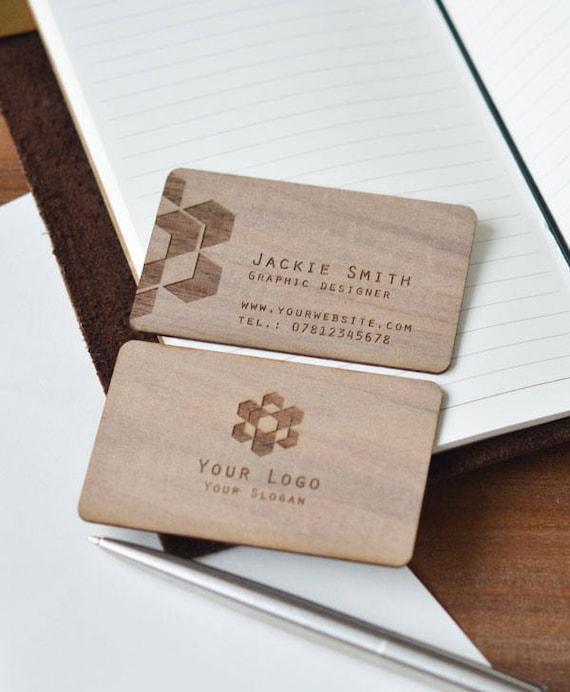 Hölzerne Visitenkarte Karten Geschäft In Holz Personalisierte Visitenkarte Holz Visitenkarte Personalisierte Visitenkarten