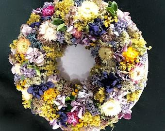 Wreaths. Dried flowers