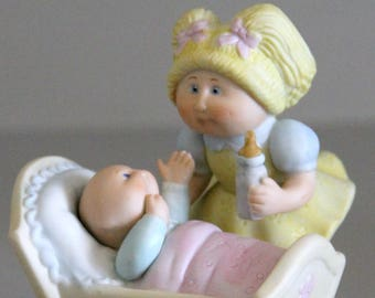 Cabbage Patch Kids Figurine Getting Acquainted #5014 1983 Mint in Box