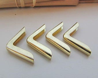 12 corner book gilded to protect book or album - 1.5 x 1.5 x 0.1 cm - 64.51