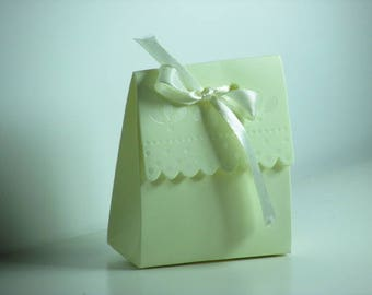 10 white off with satin - ref 1.36 Ribbon gift bag