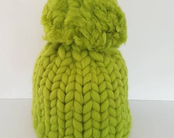 Hat knitting kit. DIY beanie pompom knit kit. Learn to knit with giant 15/25mm circular knitting needles. Super Chunky DIY knit kit