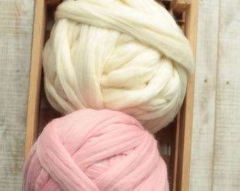 2.2 lb - 1kg Chunky yarn, Giant knitting, Bulky yarn, Chunky merino wool yarn, Arm knit merino yarn,Super chunky yarn,Big Yarn