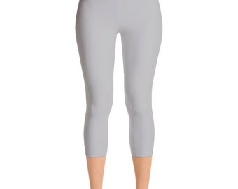 09467870d1554 READY TO SHIP Silver Leggings in Size Medium, Light Gray Yoga Pants for  Women, Capris