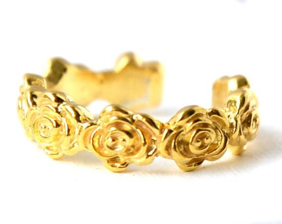 Roses Band Ring
