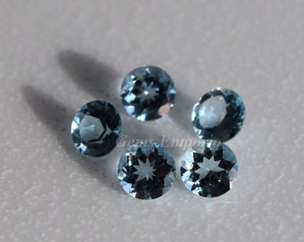 Aquamarine 4 mm, 4.5 mm Faceted Round, March Birthstone, AAA Quality Fine Gemstone for Designer Jewelry. Price per piece.