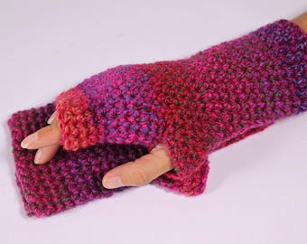 Fingerless gloves.  Crochet gloves, arm warmers, wrist warmers, , in pink, red and purple.