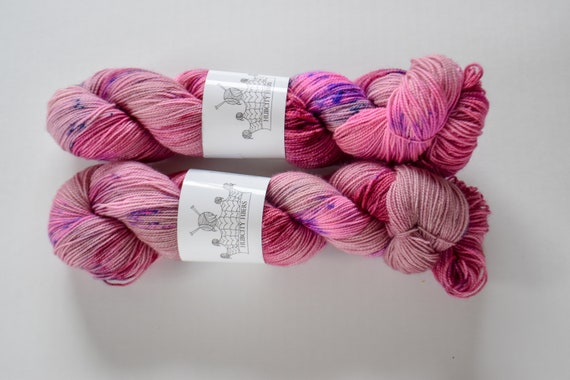 "FOOTLOOSE: ""icon"" hand painted yarn, handpainted yarn, superwash BFL yarn,nylon, sock yarn, kettle dyed yarn, fingering"