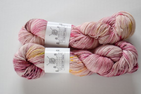 "SKINNY: ""Rosy maple "" hand painted yarn, handpainted yarn, superwash merino yarn, nylon, sock yarn, kettle dyed yarn, fingering"
