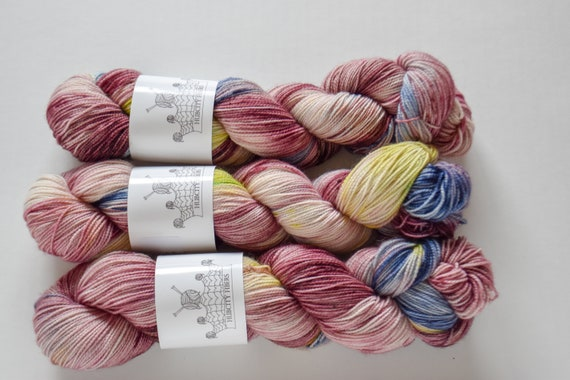 "FOOTLOOSE: ""sex dream"" hand painted yarn, handpainted yarn, superwash BFL yarn,nylon, sock yarn, kettle dyed yarn, fingering"