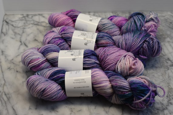 "AWESOME: ""SUNDOWN"" hand dyed yarn, handpainted yarn, superwash merino yarn,highland wool, dk yarn"