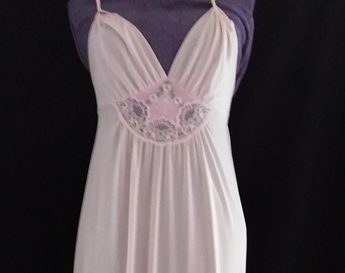 Vintage 70's Pale Pink Nylon Nightgown