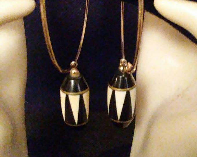 Vintage Black Onyx Inlaid Drum Earrings
