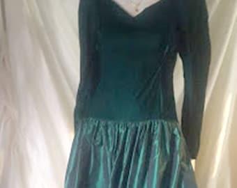 Vintage 70's Emerald Green Velvet & Taffeta Party Dress