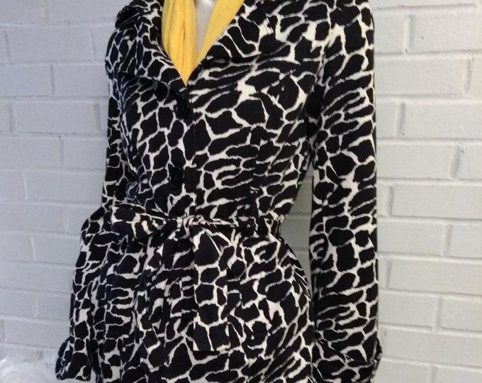 Vintage 90's Chic Black & White Trench Coat