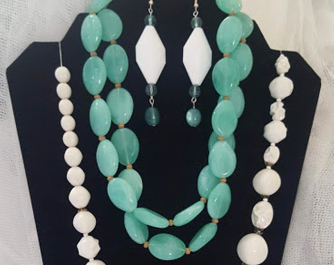 Recycled Vintage 4 Pc Set Turquoise & White