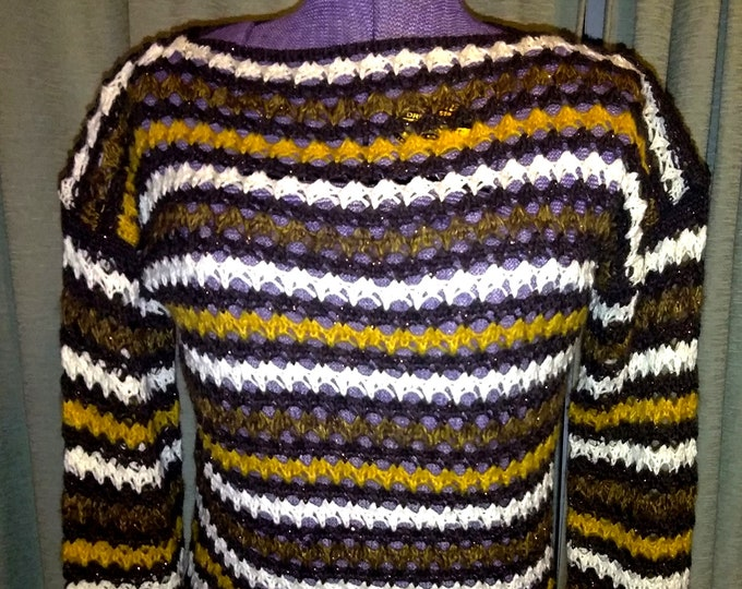 Beautiful Vintage knit Sweater From Italy