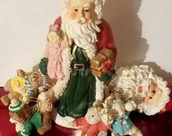 6 Piece Mixed Vintage Christmas Ornament Collection