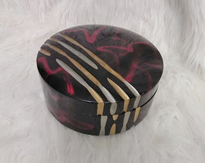 Beautiful Vintage Lacquer Box