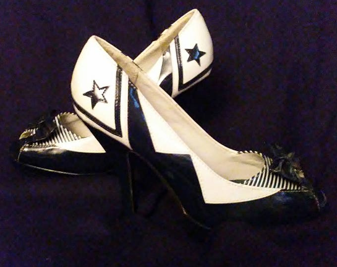 SALE! Adorable Navy & White Patent Leather Shoes Bows,Stars
