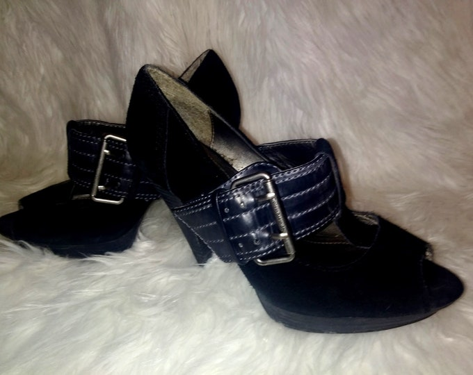 Funky Vintage Guess Suede Platforms with Peep Toe