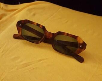Vintage 60's Tortoise Glamour Frames