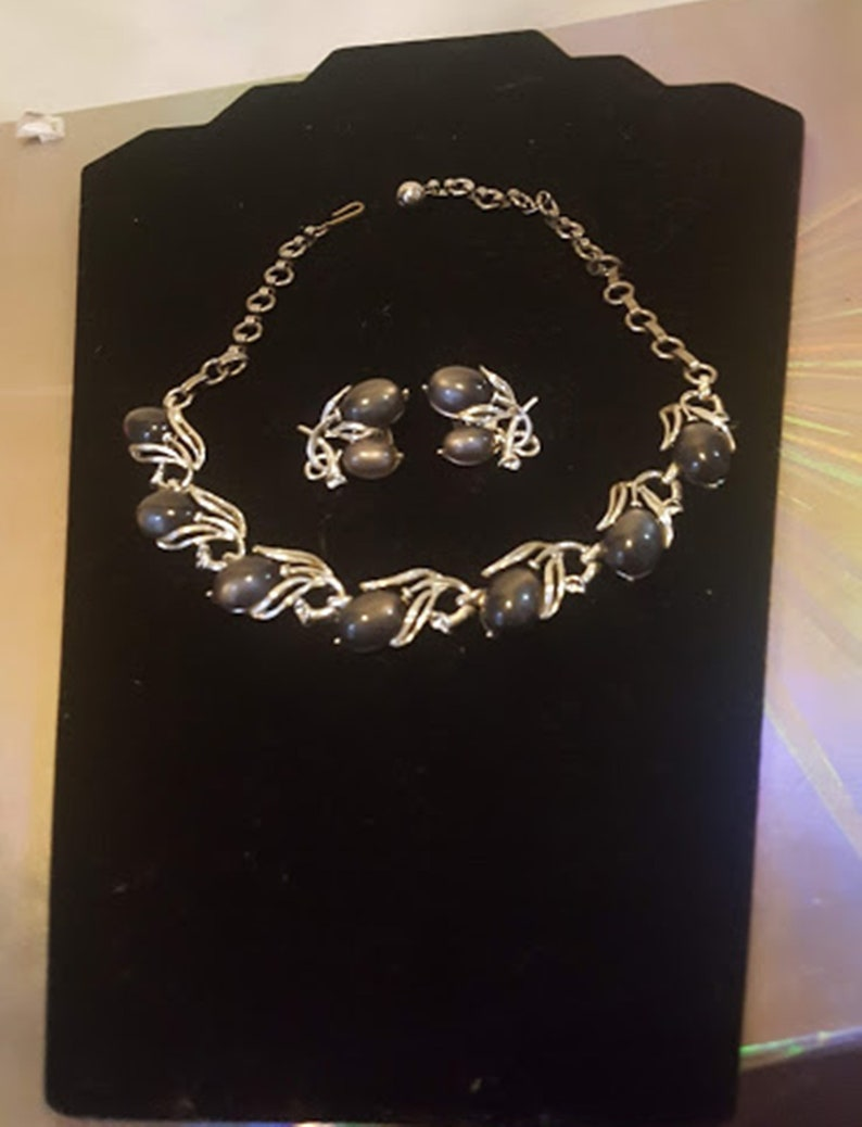 Vintage 60/'s Necklace /& Earring Set