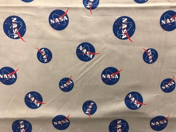 """Fabric Space /""""Mars Astronaut Night shift/"""" Quilting SewingCraft Panel"""