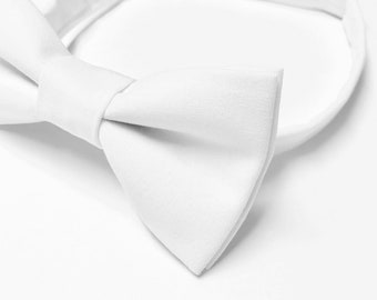 99e428239474 Boys white bow tie, White Bowtie, Wedding Bow tie, Ring bearer Bow tie,  Baptism Bow tie, First Communion Bow tie, White Cotton Bow tie