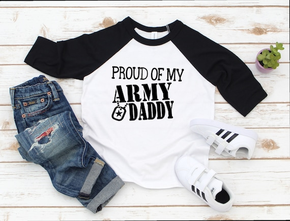Girls My Daddy is in The Army Personalised Baby T-shirt Tees for Boys