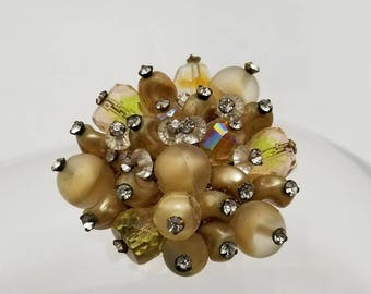 VENDOME Glass Beaded Pin