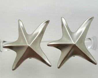 EXPRESS Starfish Earrings