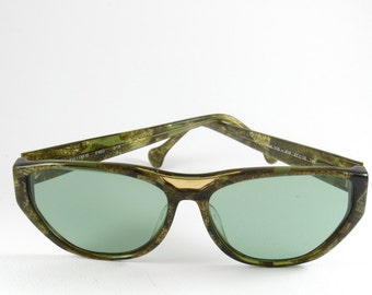 Vintage Sunglasses for Women, Enrico Coveri, Mom Gift, 70s, Retro Sunglasses, Rare Sunglasses, Womens Sunglasses, One of a Kind, Green