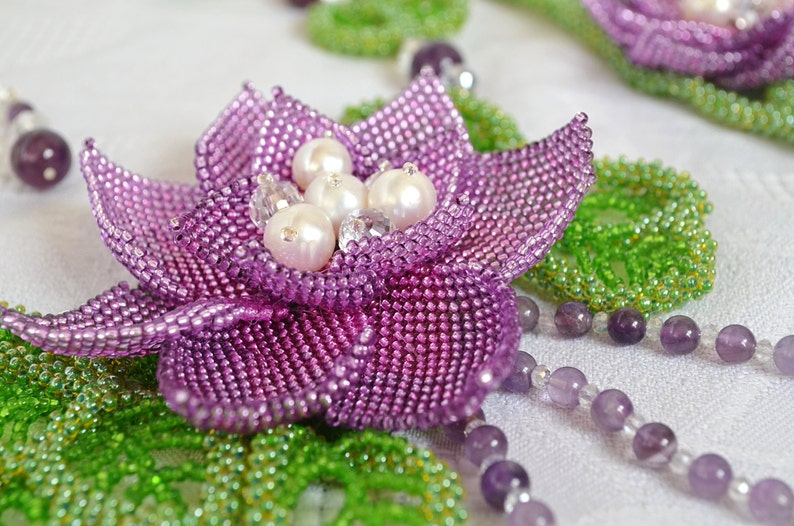 Pearl Set Beach Wedding Jewelry Bracelet Set of 3 Natural Amethyst Beaded Flower Necklace Purple and Green Statement Floral Lotus Necklace