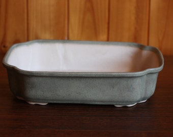 Medium (25cm) scalloped rectangular bonsai pot with matte olive green glaze