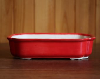 Scalloped rectangular bonsai pot in glossy bright red