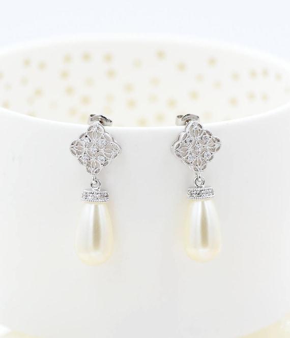 Pearl Bridal Earrings Classic Pearl Wedding Earrings Etsy
