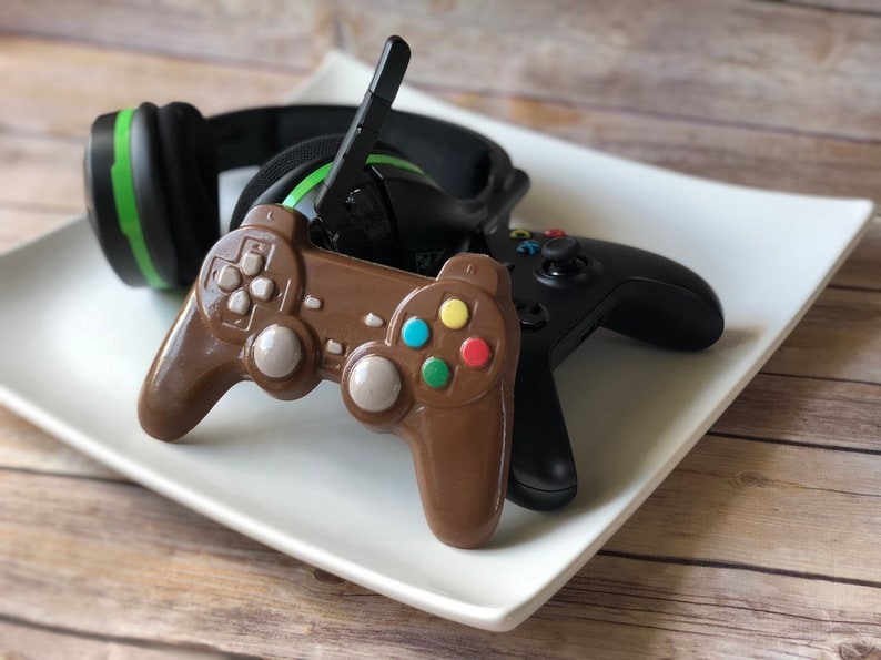 Chocolate video game control, gifts for gamers, gamer party, Chocolate  Gift, Chocolate Game Controller, Video Game Party, Gamer girl
