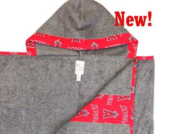 Angels Hooded Towel Red Gray