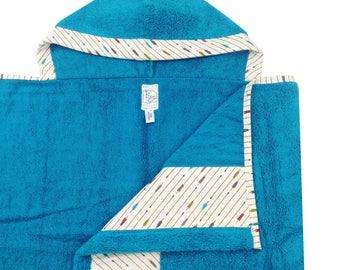 Aqua Shooting Arrow Hooded Towel Aqua Tan