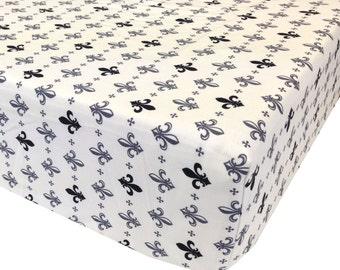 Fleur Crib Sheet