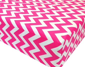 reg. price 26.00 Fushia Zig Zag Crib Sheet